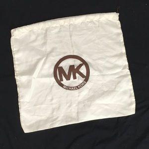MICHAEL KORS LARGE DUST BAG 17.5x19